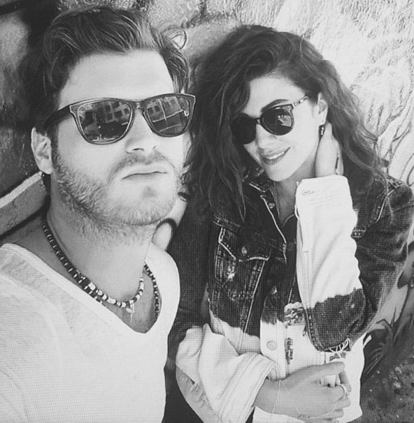 Kivanc Tatlitug Celebrated New Year With His Girlfriend Basak Dizer In Bozburun Two Lovers Visited Bays Their Friends They Shared Photos Of