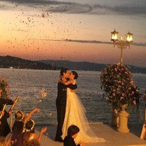saadet-isik-aksoy-gets-married-23