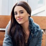 cansu dere will be a surrogate mother 02