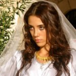 cansu dere will be a surrogate mother 05