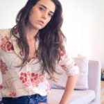 cansu dere will be a surrogate mother 23