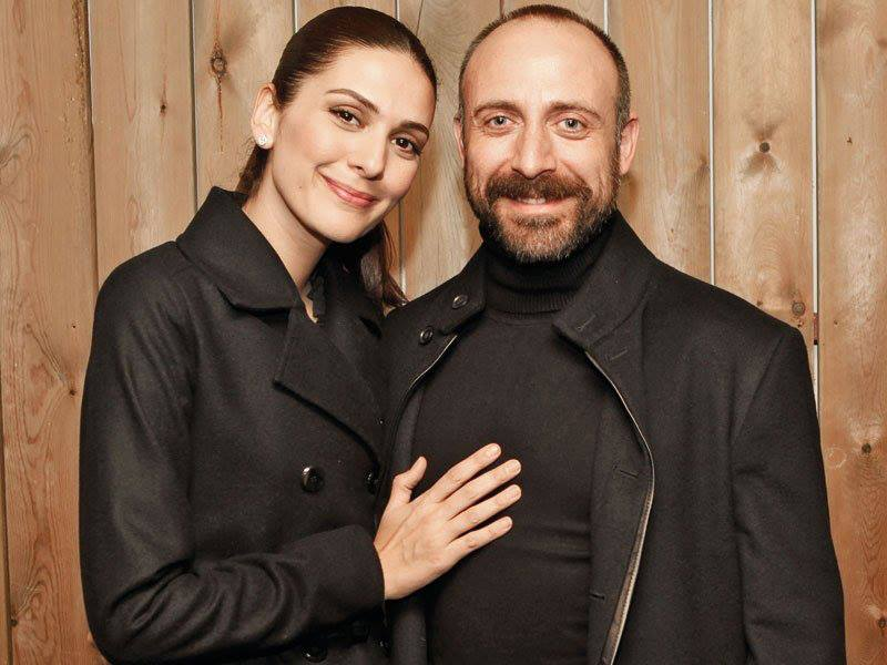 halit-ergenc-and-berguzar-korel-new-turkish-drama-5