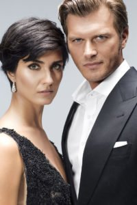 kivanc-tatlitug-and-tuba-buyukustun-new-turkish-drama-1