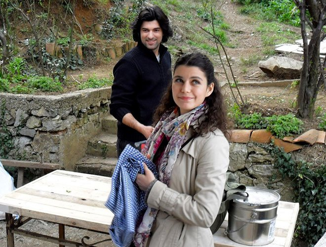 Turkish Drama Fatmagul Set - Beren Saat and Engin Akyurek Photo