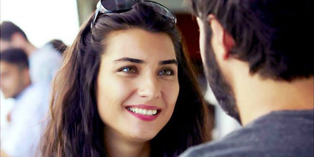 Tuba Buyukustun and Engin Akyurek - Black Money and Love (Kara Para Ask)