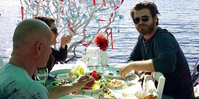 Kivanc Tatlitug and His Wife Basak Dizer Opened Travel Season