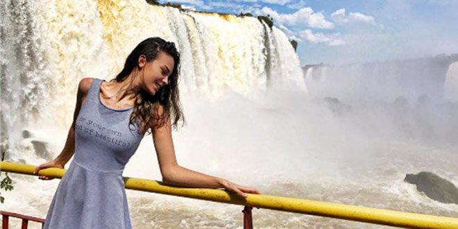 Turkish Actress Tuvana Turkay Went to Brazil