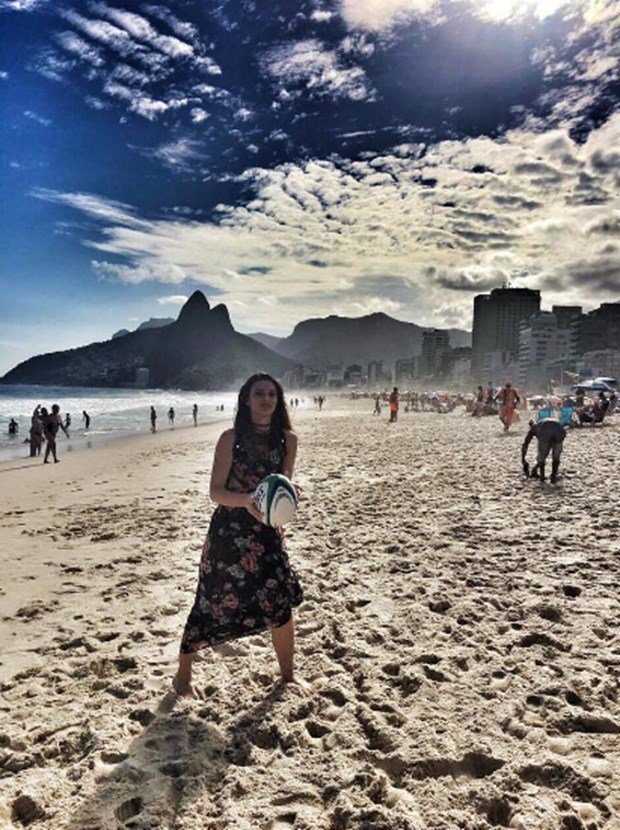 tuvana turkay in brazil beach -2