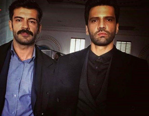 Kaan Urgancioglu in Blind Love (Kara Sevda) tv series studio