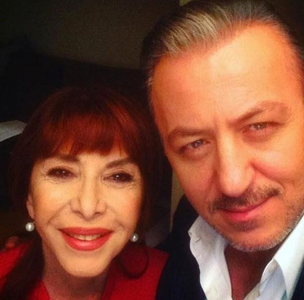 Baris Falay and Humeyra Akbay selfie in paramparca studio