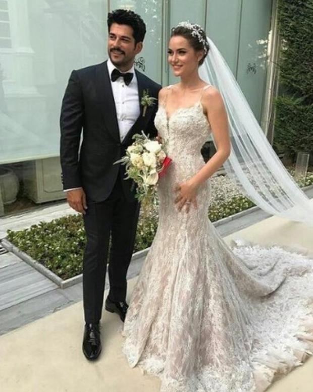 Fahriye Evcen Burak Ozcivit wedding photo3