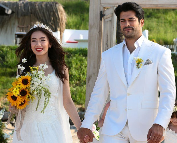 Neslihan atagul and burak ozcivit married