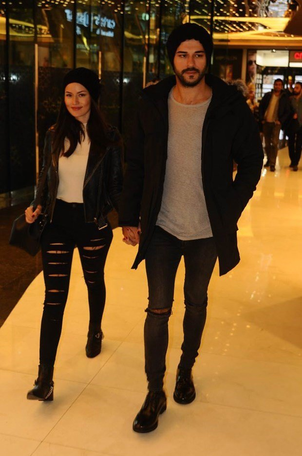 fahriye evcen and burak ozcivit walking in avm