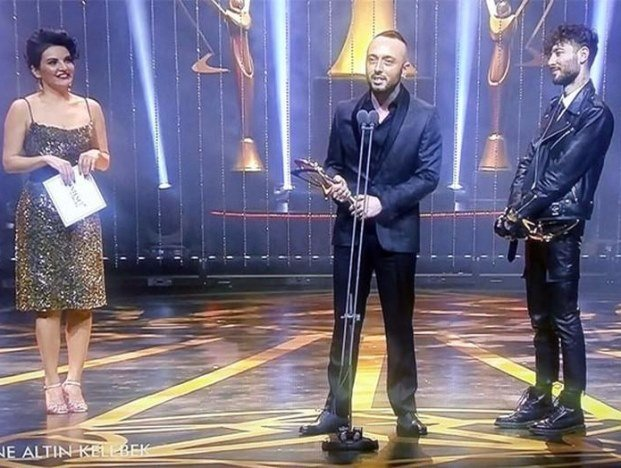 Best Video Clip Award: Mabel Matiz, Anil Can