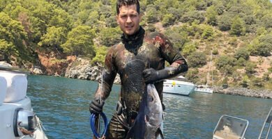 Çağatay Ulusoy Gets Commercial Offer Upon Sharing His Photo