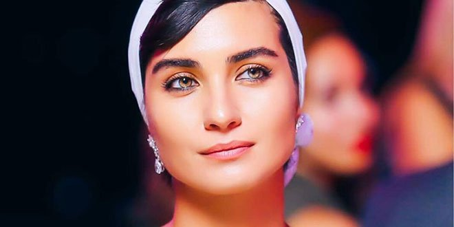 Paintings of Tuba Buyukustun is Becoming Very Popular